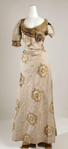 "Evening Dress, Jeanne Hallée (French, 1880–1914): 1910-14, French, silk/metal.    Marking: [label] ""Jeanne Hallée, 3, rue Ville Lévéque, Paris"""
