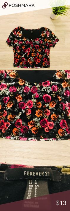 """Forever 21 Velvet Floral Short Sleeve Crop Top Floral crop top in great condition, looks great with blue denim or white skinny jeggings or jeans.  Size large but also fits like a medium  L 16"""" W 18"""" Forever 21 Tops Crop Tops"""