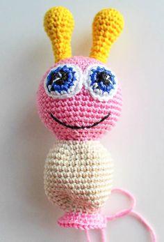 Amigurumi butterfly rattle crochet pattern - body