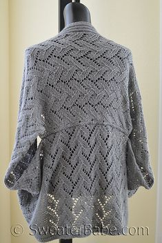 Ravelry: #173 Calida Luxe Cocoon Cardigan pattern by SweaterBabe
