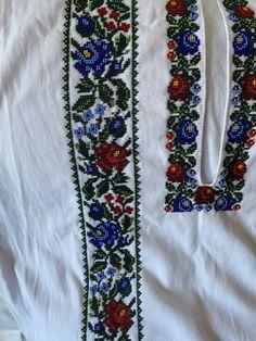 Craft Accessories, Floral Tie, Crafts, Fashion, Moda, Manualidades, Fashion Styles, Handmade Crafts, Craft