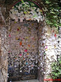 Verona - Romeo and Juliet's Wall of Love