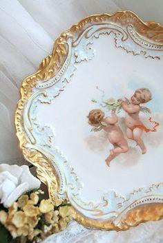 comtesse-du-chocolat:  Limoges… (source: pinterest.com)