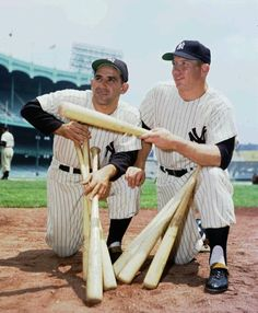 Yogi Berra (left) posed with fellow New York Yankees legend Mickey Mantle at Yankee Baseball Tips, Baseball Art, Baseball Photos, Baseball Stuff, Baseball League, Cardinals Baseball, Sports Baseball, Go Yankees, New York Yankees Baseball