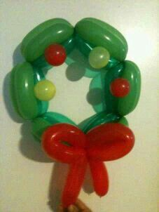 Balloon wreath by Veronica