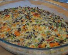 lentille verte, lardons fumés, oignon, carotte, crême fraîche