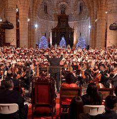 Coro de la Catedral durante concierto con motivo de la Navidad.