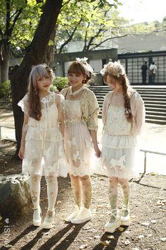 more in the dolly-kei realm, but... #mori, #morikei, #dollykei, http://istyle.163.com/looks/218035-381149/ http://monmonmori.tumblr.com/