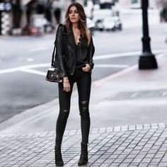 Street Style we love Hipster Outfits, Rock Chic Outfits, Edgy Outfits, Fashion Outfits, Womens Fashion, Urban Chic Outfits, Hipster Chic, Jackets Fashion, Hipster Grunge