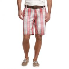 Short McKay Elie Check Garth - €69.95 Checked men's summer shorts from the Twenty One by McGregor Collection. Straight fit with washed look. These casual shorts have two slit pockets at the front and two flap pockets at the back. Combine with a uniform shirt or dare to wear with a summer jacket and a trendy scarf.