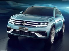 VW Cross Coupe GTE Concept Volkswagen has unveiled a new five-seater midsize SUV concept car at the 2015 North American International Auto Show in. Volkswagen Car Models, Volkswagen Jetta, Vw, Mid Size Suv, Car Posters, Car Videos, Concept Cars, Classic Cars, Vehicles