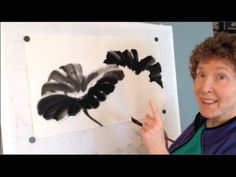 Chinese brush painting demonstration of lotus leaves by Virginia Lloyd-Davies. Watch Flowers in Lotus Part 2 Find more mini-lessons, videos and paintings on . Sumi E Painting, Lotus Painting, Japan Painting, Chinese Painting, Chinese Brush, Chinese Art, E Flowers, Flower Art, Lotus Flower