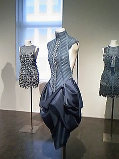 Armando Santos Couture Details, Fabric Manipulation, High End Fashion, Couture Fashion, Pretty Dresses, Knitwear, Textiles, Style Inspiration, Woman Clothing