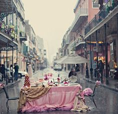 New Orleans - Let's fall in love in the middle of the street
