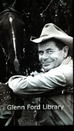 Glenn Ford Hollywood Actor, Golden Age Of Hollywood, Hollywood Stars, Classic Hollywood, Male Movie Stars, Classic Movie Stars, Glen Ford, Portia De Rossi, Real Cowboys