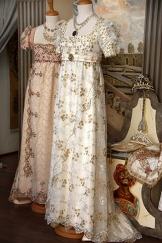 Vintage Gowns, Vintage Style Dresses, Mode Vintage, Vintage Outfits, Regency Dress, Regency Era, Edwardian Fashion, Vintage Fashion, 18th Century Fashion