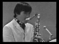 Dave Clark Five - Can't You See Thats Shes Mine  (Shindig) 1964