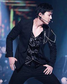 - #shownu#셔누#MonstaX#kpop#몬스타엑스 #SonHyunwoo#jooheon#minhyuk#wonho#kihyun  #changkyun#hyungwon#monbebe#몬베베