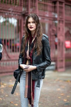 Chic styles roamed the streets at LFW. Let these noteworthy London street style lokos inspire your next outfit! See them all here:
