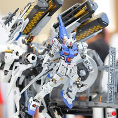 Bandai Gunpla Builders World Cup (GBWC) 2015 Indonesia images / Gundam photos by Red Box Chap 4 Battle Robots, Zeta Gundam, Frame Arms Girl, Gundam Custom Build, Gundam Art, Suit Of Armor, Gundam Model, Plastic Models, World Cup