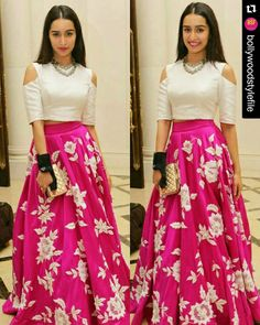 Shraddha Kapoor Pink Embroidery Satin Silk Party Wear Crop Top Lehenga With Dupatta Mode Bollywood, Bollywood Fashion, Bollywood Style, Indian Lehenga, Lehenga Choli, Shraddha Kapoor Lehenga, Pink Lehenga, Lehenga Crop Top, Brocade Lehenga