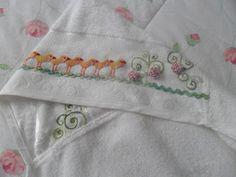 A Flauta Mágica- Artesanato: Toalhinha de banho para bebe bordada com sianinha