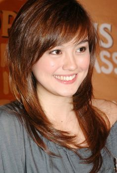 Agnes Monica Cute long straight red hairstyle