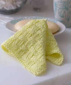 Basketweave Washcloth Free Knitting Pattern from Red Heart Yarns
