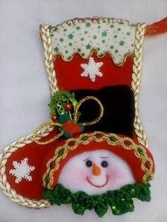 Felt Christmas Stockings, Felt Christmas Decorations, New Years Decorations, Christmas Wreaths, Christmas Crafts, Christmas Ornaments, Holiday Decor, Halloween Clay, Christmas Applique