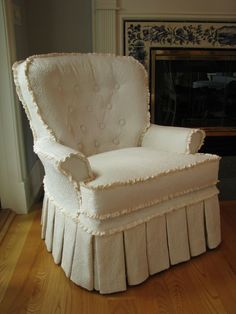 Everyday Artist: Tufted Slipcovers For Instructions Go To:  Www.lesliefehlingdesigns.com Chair