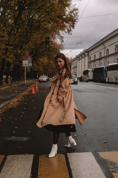 Model Poses Photography, Осенние Фотографии, Творческая Фотография, Фотосессия Позы, Красивые Снимки Лица, Женские Позы, Позы Для Фотосессий, Вдохновляющая Фотография, Осенние Портреты