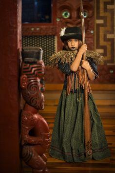 """Image of Te Manu - """"He Taonga He Mokopuna"""" Ltd Edition Maori Designs, Polynesian Art, Polynesian Designs, Maori Legends, Maori People, Nz Art, Nordic Tattoo, Maori Art, Kiwiana"""