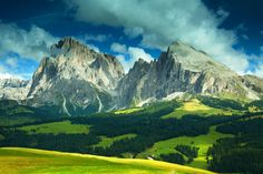 The Complete National Parks Check List – Best of Europe for Nature Lovers Italian Romance, Italy Honeymoon, Romantic Destinations, European History, Natural Wonders, Continents, National Parks, Explore, Albania