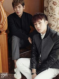 [PIC] 140901 Vogue Girl Magazine September Issue Official Photos - #인피니트 Sunggyu and Hoya pic.twitter.com/VfKFoVxHdj
