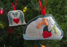 Polar Family Felt Ornament Patterns, part - Penguins & Polar Bears Christmas Stocking Pattern, Beaded Christmas Ornaments, Handmade Christmas, Diy Ornaments, Christmas Fair Ideas, Homemade Christmas Decorations, Xmas Ideas, Felt Ornaments Patterns, Penguin Ornaments