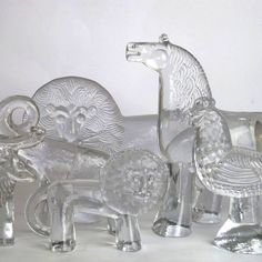 BODA ZOO: collection of cash clear glass animal figures designed by Bertil Vallien for Boda, Clear Glass, Glass Art, The Glass Menagerie, Kosta Boda, Mid Century Modern Decor, Retro Art, Vintage Art, Glass Animals, Glass Ceramic