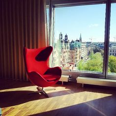 A perfectly red #ArneJacobsen #eggchair at Clarion Sign! Instagram photo by @retro_rules (Anna Fredriksson)