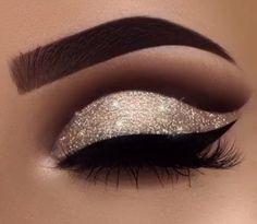 Eye Makeup Tips.Smokey Eye Makeup Tips - For a Catchy and Impressive Look Formal Makeup, Prom Makeup, Cute Makeup, Pretty Makeup, Wedding Makeup, Beautiful Eye Makeup, Amazing Makeup, Gorgeous Eyes, Perfect Makeup