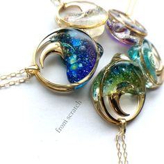 sAsA on More Resin projects Cute Jewelry, Jewelry Crafts, Jewelry Art, Jewelry Accessories, Handmade Jewelry, Resin Jewlery, Resin Jewelry Making, Diy Resin Crafts, Resin Charms