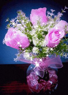 Animated Gif by Tieuyeu Tieuyeu Beautiful Flowers Wallpapers, Beautiful Rose Flowers, Beautiful Gif, Amazing Flowers, Nice Flower, Ronsard Rose, Love You Gif, Flowers Gif, Free To Use Images