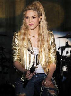 #Shakira