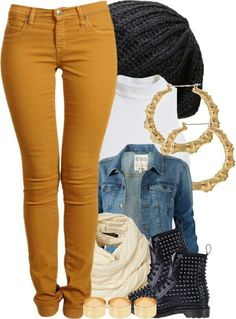Cute fall outfit with different shoes and jewelry