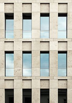 Facade of the Haus am Max Reinhardtplatz by Kleihues + Kleihues Architekten. Photo taken from Deutsches Architektur Forum, edited bij NOMAA|marco jongmans).