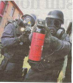 #Gardai #ERU| #Police #Armed #SWAT #RSU #Ireland #Gun Airsoft Guns, Swat, Special Forces, Red S, Irish, Ireland, Police, Military, History