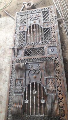 Front Gate Design, Main Gate Design, Door Gate Design, Home Window Grill Design, Grill Door Design, Modern Steel Gate Design, Classic House Design, Steel Windows, Wrought Iron Doors