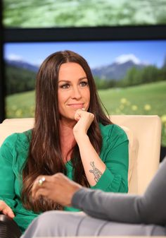 Alanis Morissette: Happiness Is a Temporary State