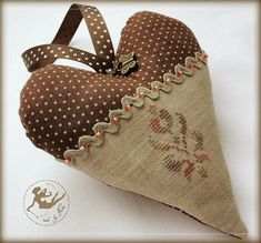 brown spotted heart_2_by Nina_2011May by nina_xstitch, via Flickr
