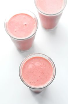 Strawberry Oatmeal Smoothie | healthy recipe ideas @xhealthyrecipex |