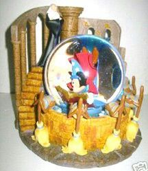 Fantasia - The Sorcerer's Apprentice Snow Globe