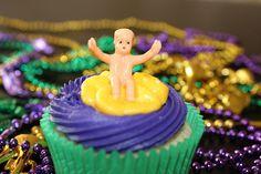 Mardi Gras Cupcake-flickr
